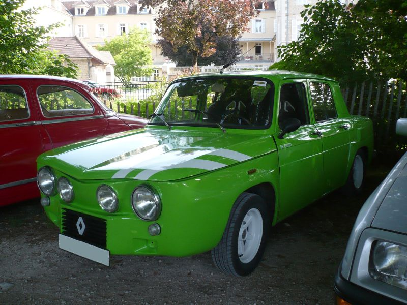 renault 8 proto lons le saunier 1 photo de 053 9e mobil 39 r tro lons le saunier le 12 juin. Black Bedroom Furniture Sets. Home Design Ideas