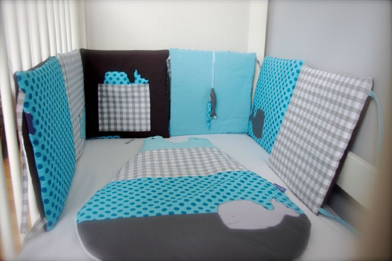 tour de lit et gigoteuse baleine gris turquoise little. Black Bedroom Furniture Sets. Home Design Ideas