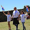 001 2017 06 Les scolaires porte-drapeaux des Highland Games (1)
