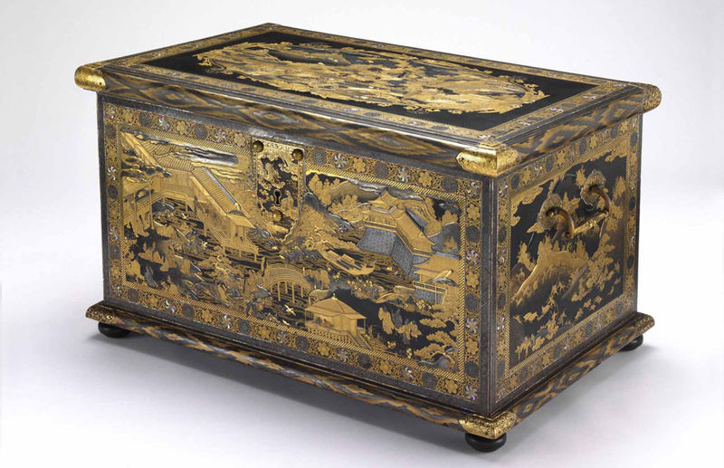 tales in sprinkled gold japanese lacquer for european collectors at the getty museum. Black Bedroom Furniture Sets. Home Design Ideas