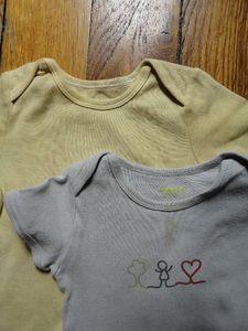 16 - T-shirt tachés