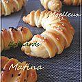 Petits pains molleux fourrés aux épinards