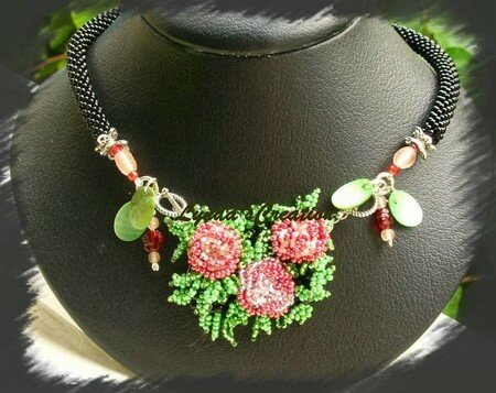 collier_bouquet_de_roses__640x480_