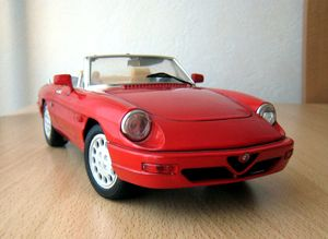 Alfa romeo spider 01 -Jouef evolution- (1