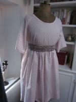 Robe RAYMONDE en coton rose dragée à pois paillettés vieux rose - manches raglan - longueur genoux - taille unique (8)