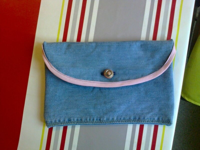 trousse jean Monique
