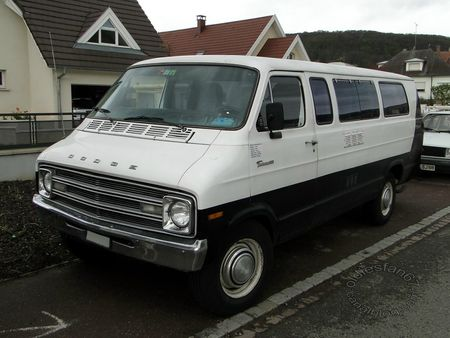 dodge tradesman 300 van,1974 1978,bourse de soultzmatt 2012 3