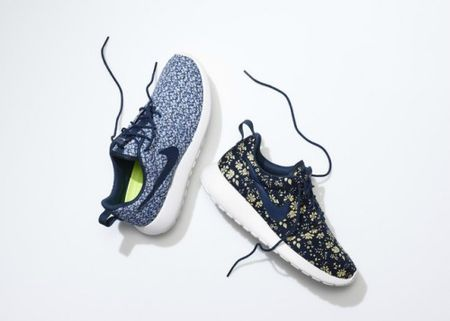 SU13_NSW_NIKEiD_Roshe_liberty_pair_2_19755-500x357