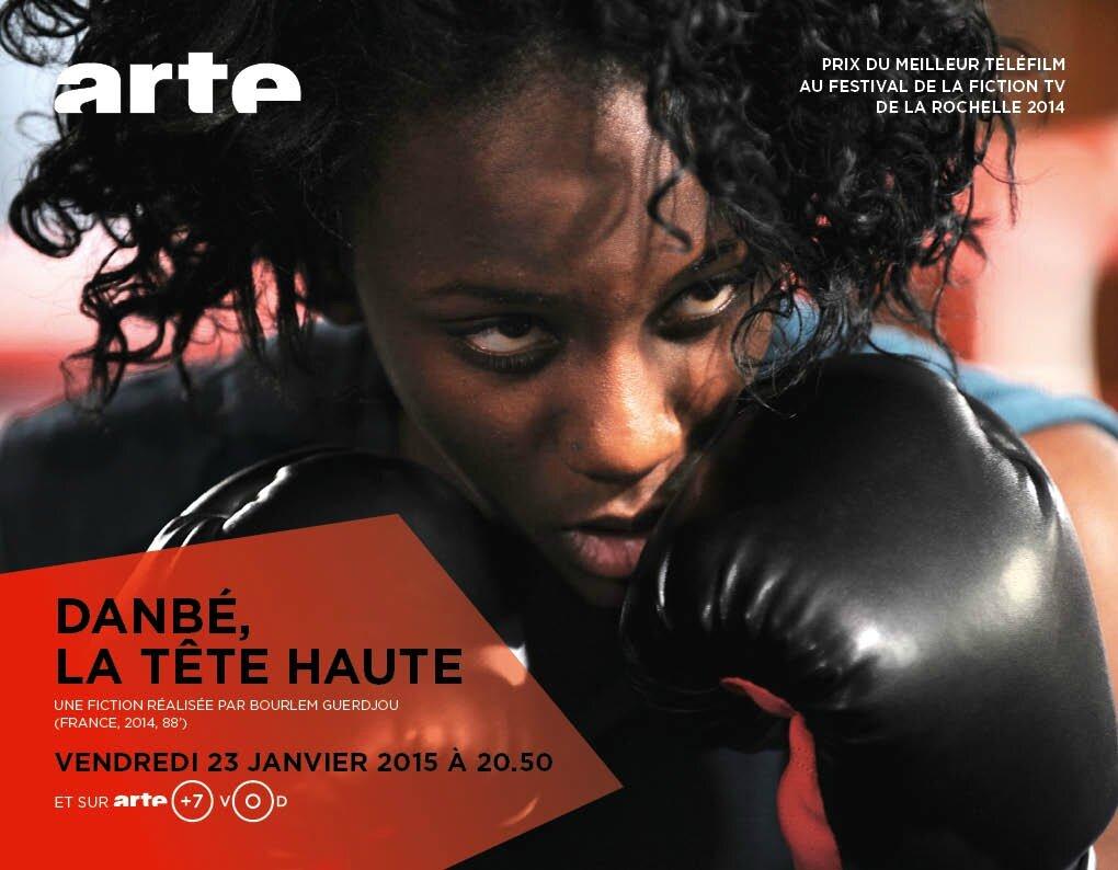 aya cissoko livre son histoire de boxeuse dans danb la t te haute association le gant et. Black Bedroom Furniture Sets. Home Design Ideas