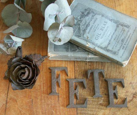 2013-06 Lettres en laiton