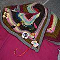 Mon tee-shirt cheche, perles, crochet, granny à volonté