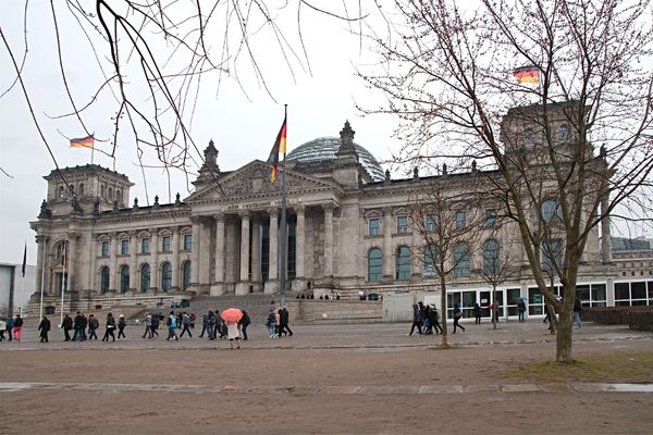 Btiment du Reichstag et sa coupole de verre_8939