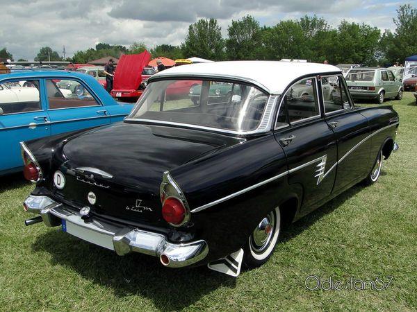 Ford Taunus 17M P2 De Luxe berline 4 portes 1960 4