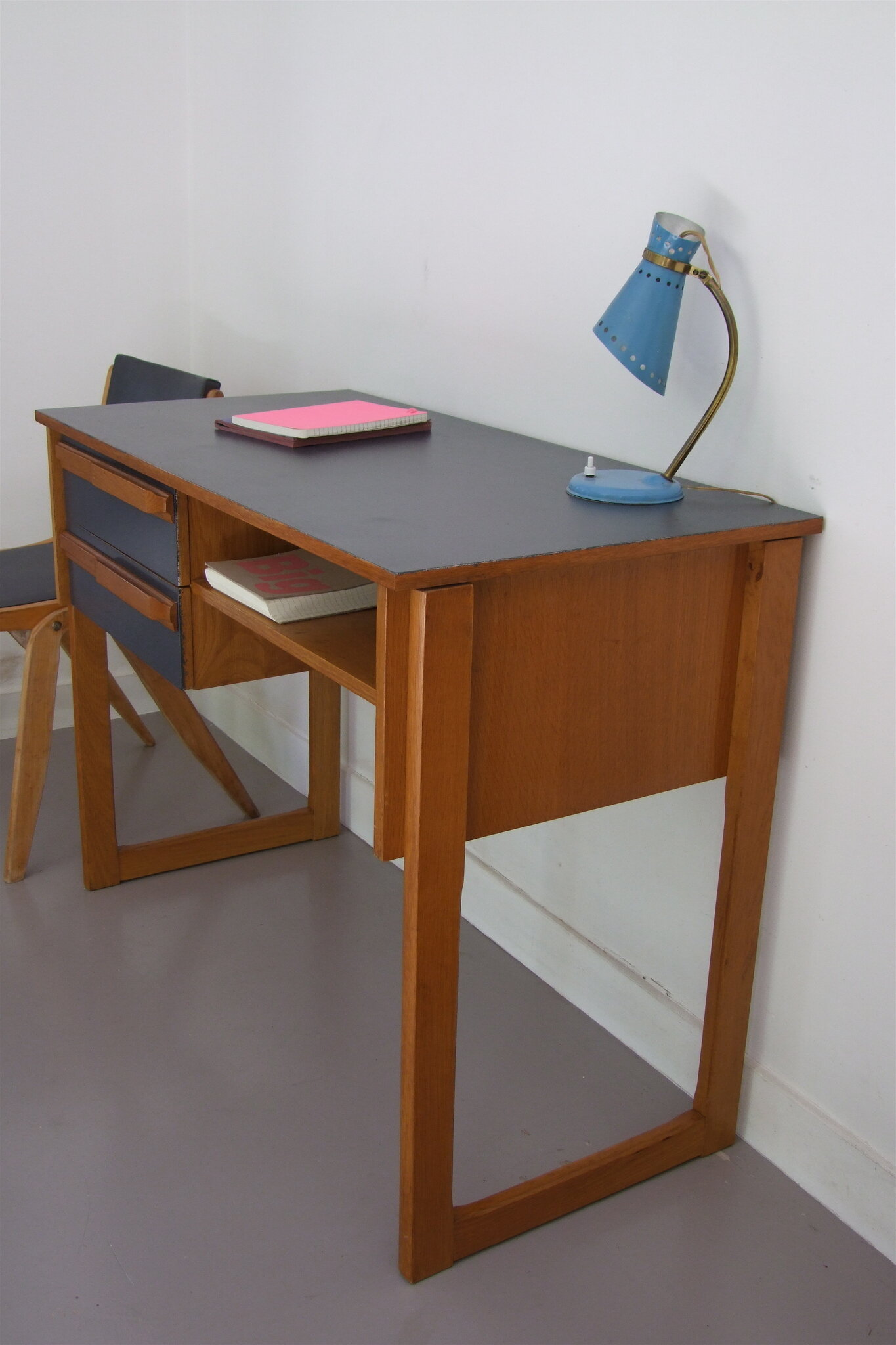 bureau scandinave tous les messages sur bureau. Black Bedroom Furniture Sets. Home Design Ideas