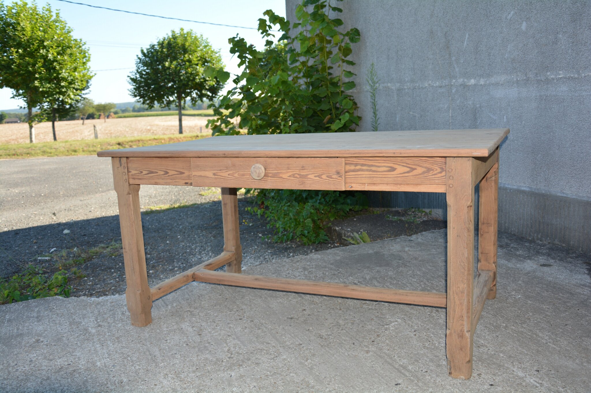 table de ferme ancienne la petite brocanteuse. Black Bedroom Furniture Sets. Home Design Ideas