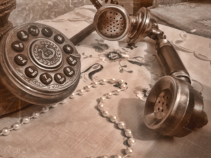 vintage_telephone_by_rihamtheone-d4o79zq
