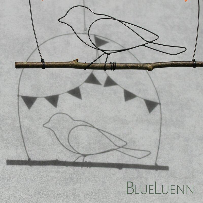 l'oiseau aux fanions3