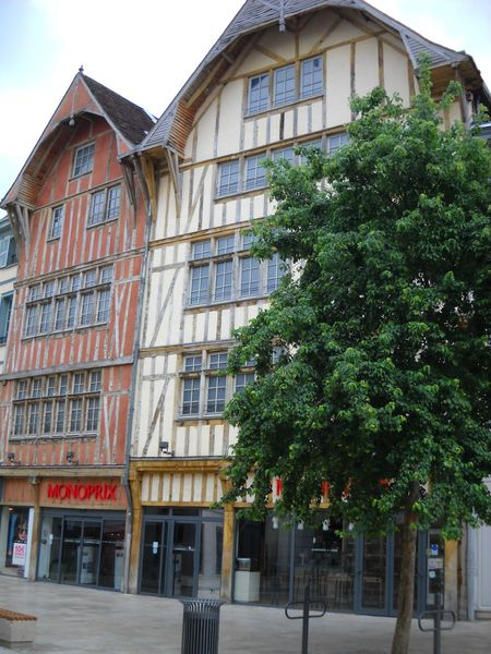 Troyes (21)
