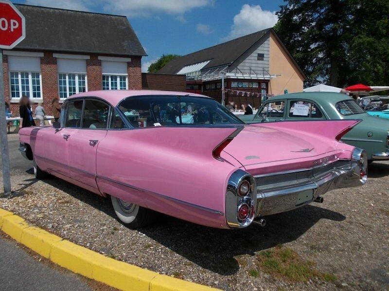 Cadillac1960Sixwdwar1