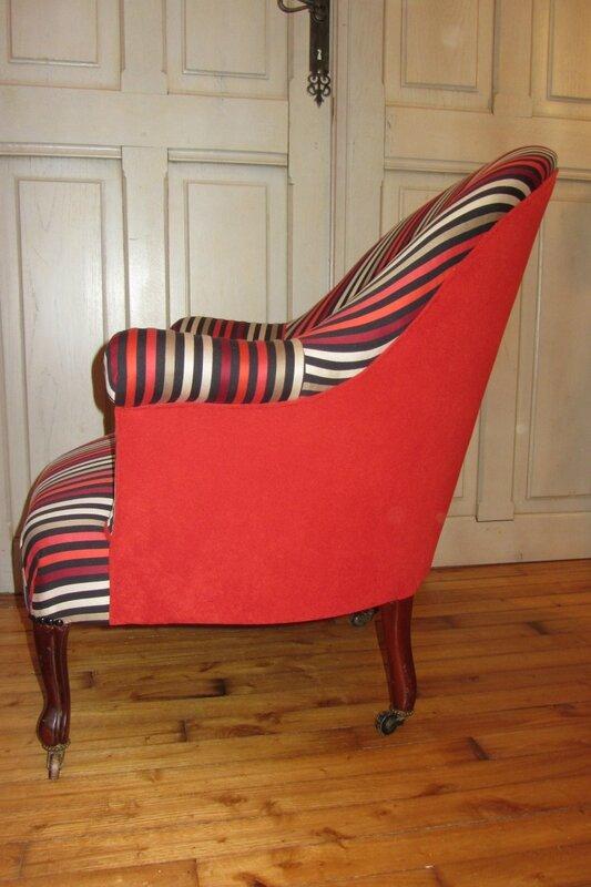 les crapauds c t si ges tapissier brest restauration ameublement. Black Bedroom Furniture Sets. Home Design Ideas
