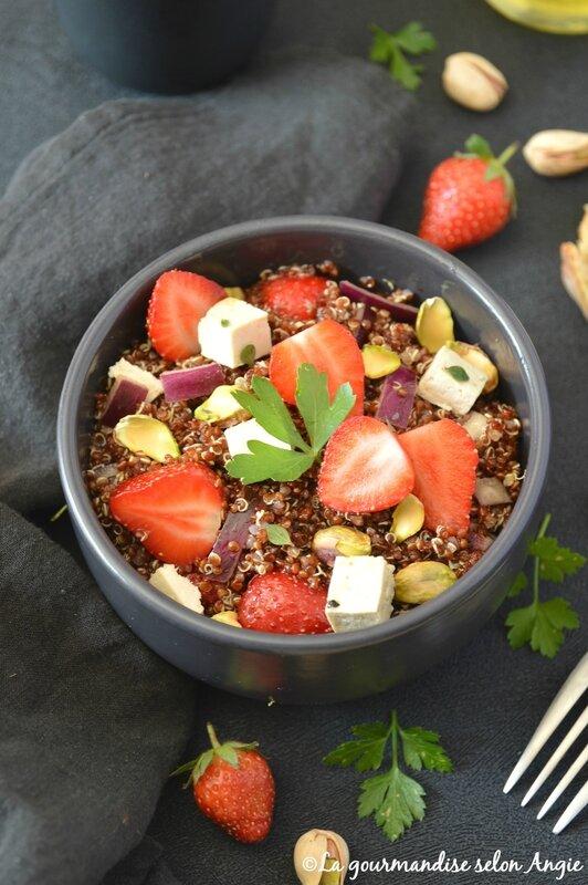 salade vegan quinoa fraise pistache 1