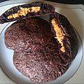 Cookies au chocolat coeur tendre au beurre de cacahuete! une tueriiiiiie!!