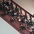 Tuto : décorez votre rampe d'escalier pour les fêtes