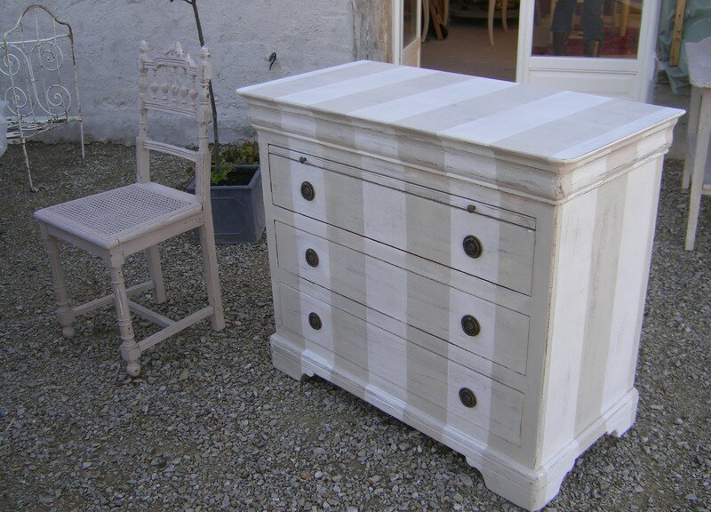 commode louis philippe relookee patines et cie relooking de meubles. Black Bedroom Furniture Sets. Home Design Ideas