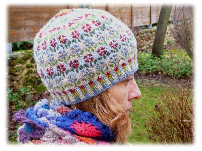 bonnet de Kates Davies