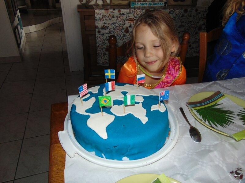 71-Gâteau planisphère