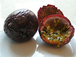 250px_Passion_fruit_700