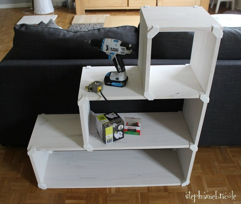 diy brico nouvelle technique pour cr er des meubles tag res cadeau gagner. Black Bedroom Furniture Sets. Home Design Ideas