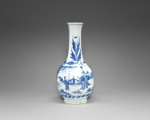 A blue and white octagonal bottle vase, Chongzhen