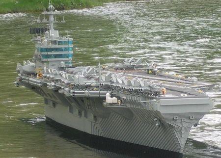 lego_aircraft_carrier