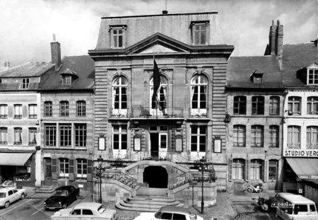 AVESNES SUR HELPE-L'Hôtel de Ville6