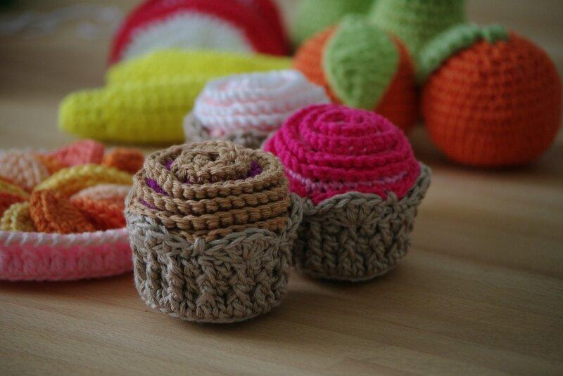 crocheter des petits gâteaux