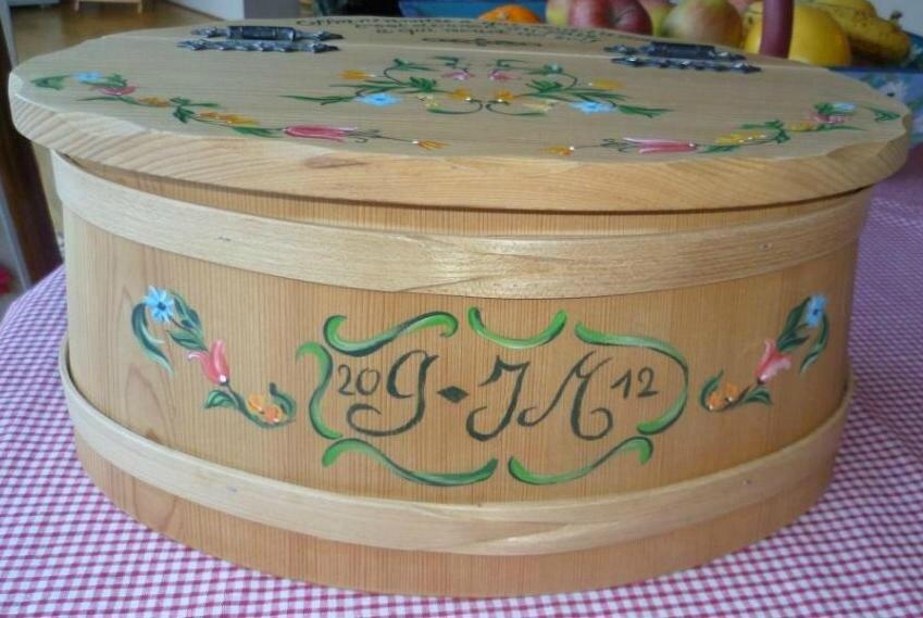 boite à pain sur bois