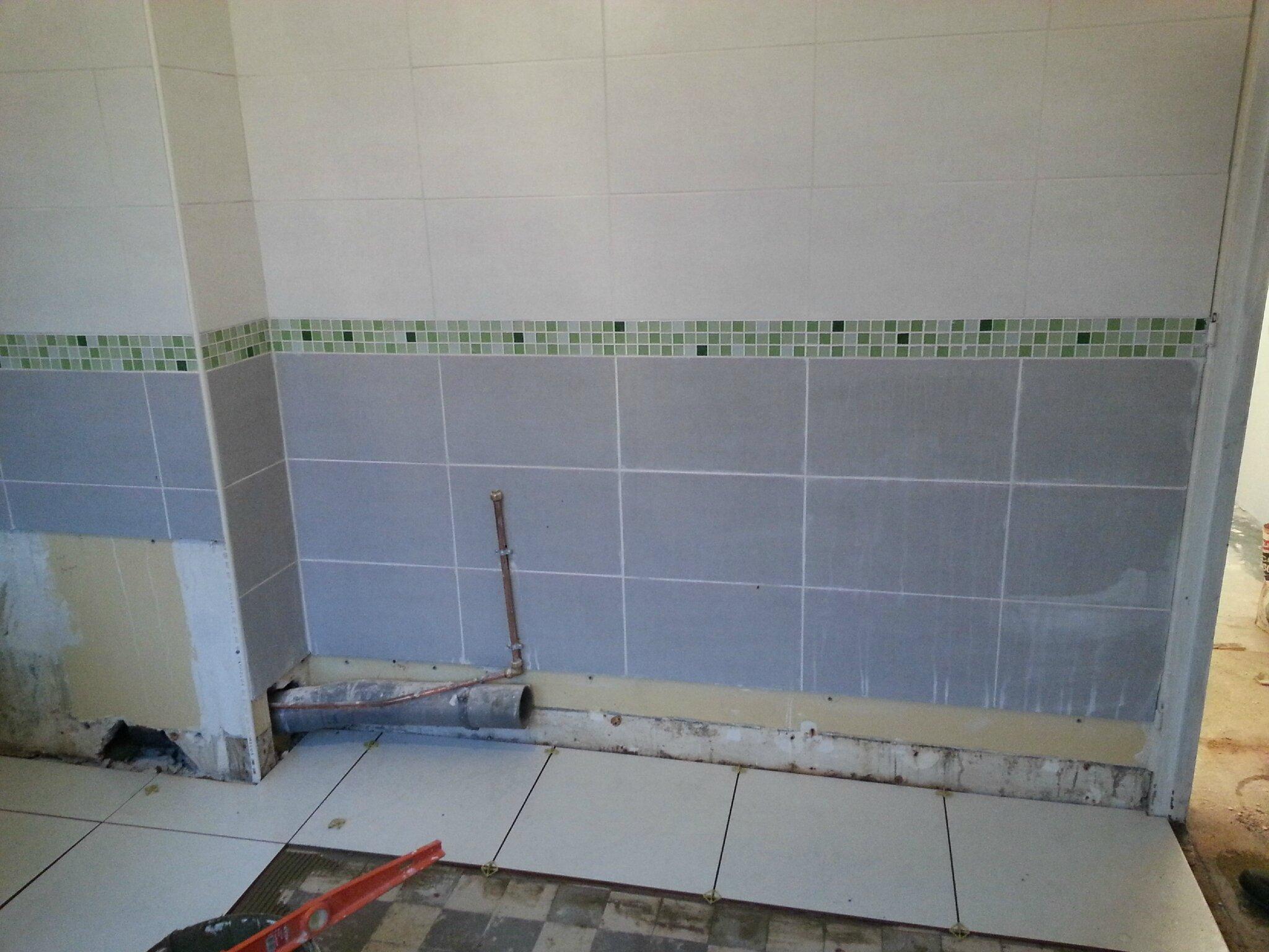 salle de bain peindre carrelage salle de bain avant apres moderne design pour carrelage de. Black Bedroom Furniture Sets. Home Design Ideas