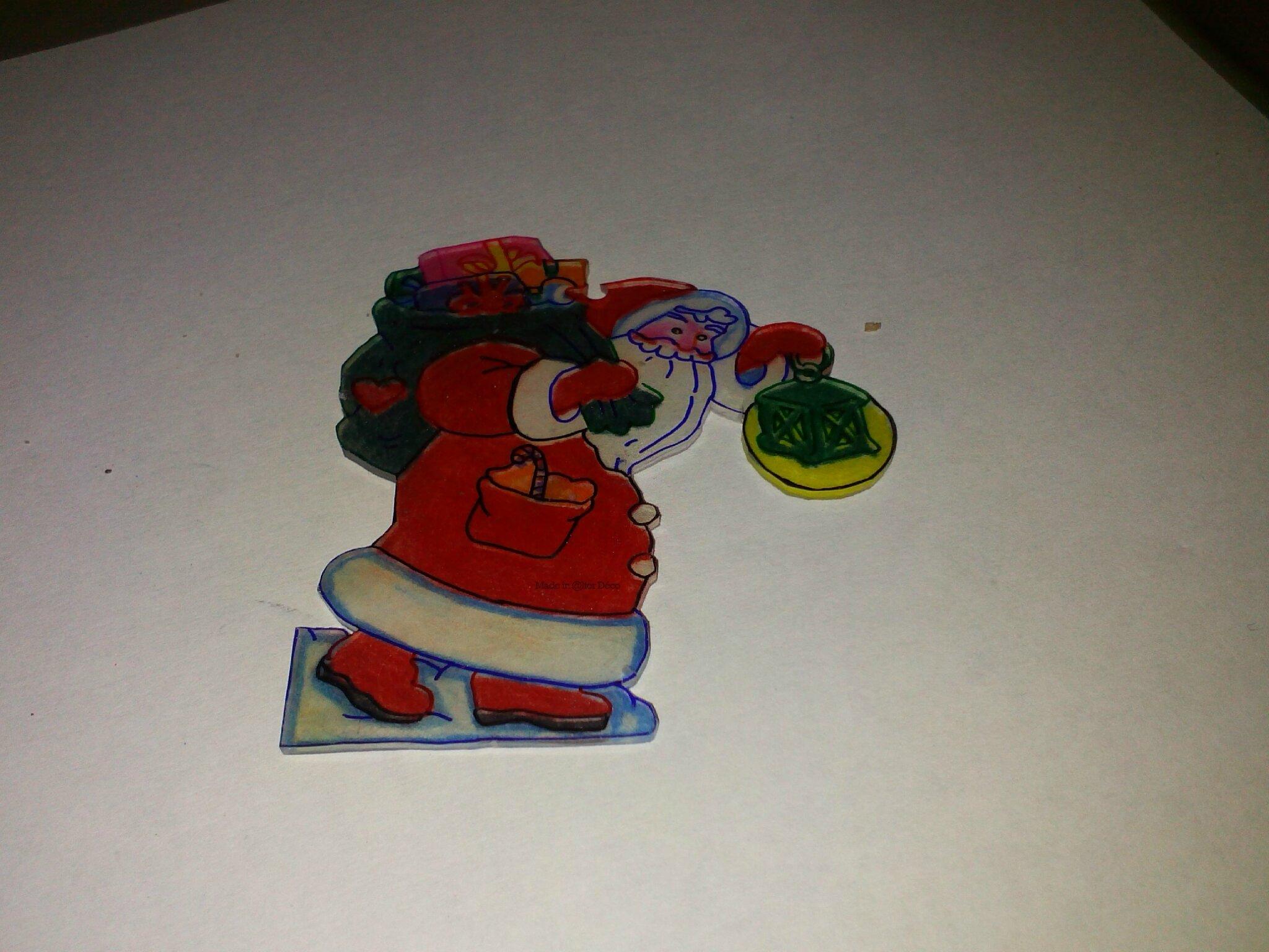 Père Noël en plastique dingue