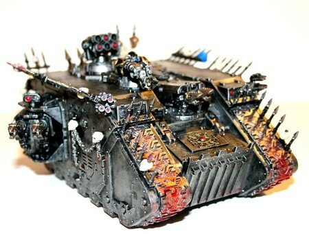 Land_Raider_du_Chaos_06