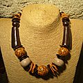 collier bois et orange marbré