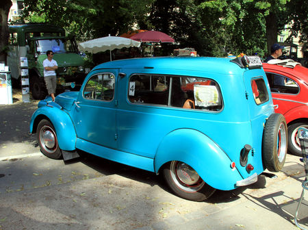 Panhard_dyna_x_break_de_1953__34_me_Internationales_Oldtimer_meeting_de_Baden_Baden__02