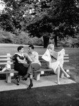 1958_new_york_central_park_020_030_by_sam_shaw_1
