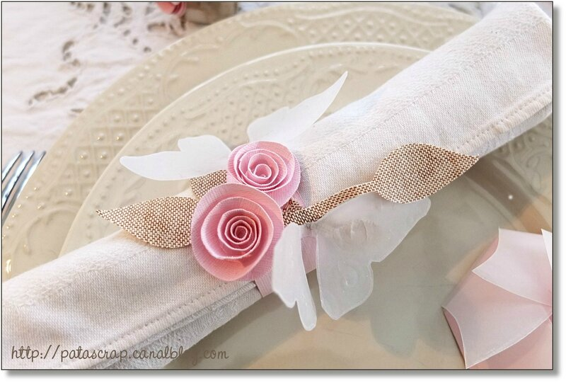 table rose serviette