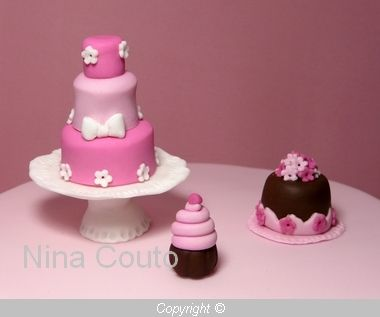G teau gourmandises d co en p te sucre atelier des for Decoration gateau pate a sucre