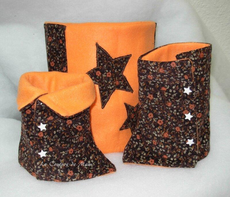 Guêtres et snood orange appliques étoiles