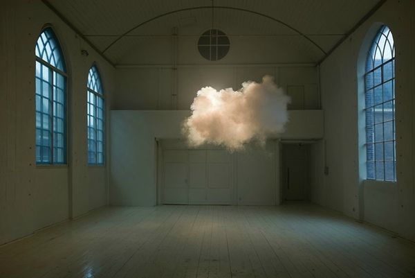 Berndnaut-Smilde-Cloud-Installations-01
