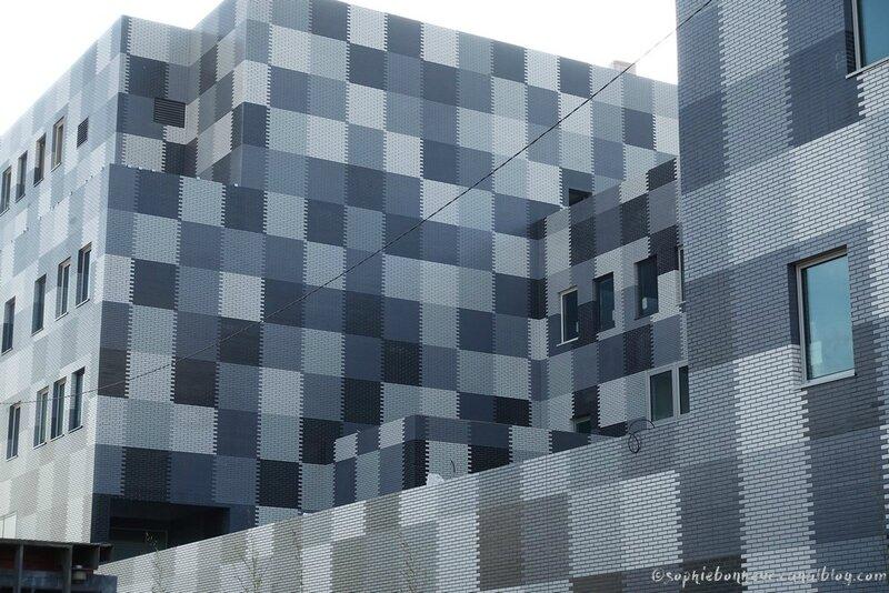 chantiers immeuble carreaux gris