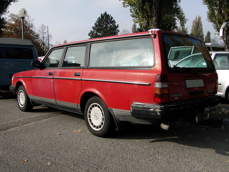 VOLVO 240 GL Break Retrorencard 2