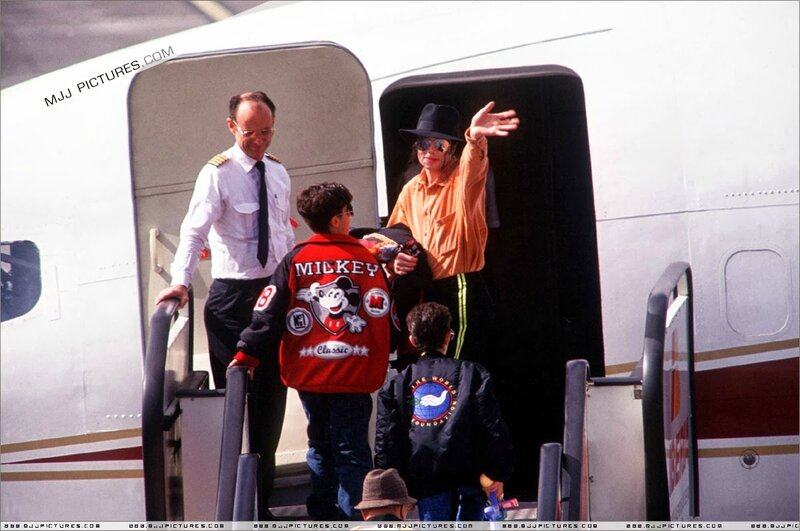 Michael Jackson in Tenerife Spain 1993 (9)